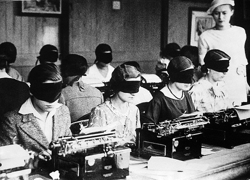 typing competition paris 1940